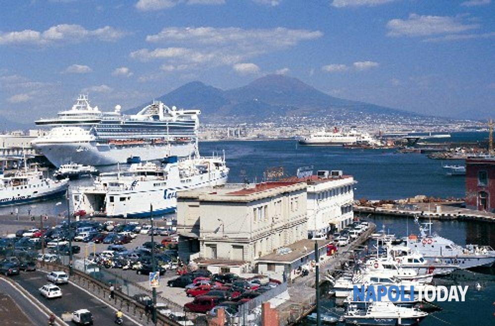 Parcheggio Porto di Napoli