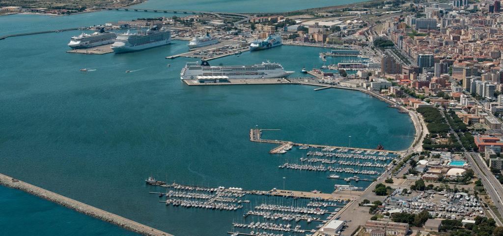 Panoramica Porto di Cagliari
