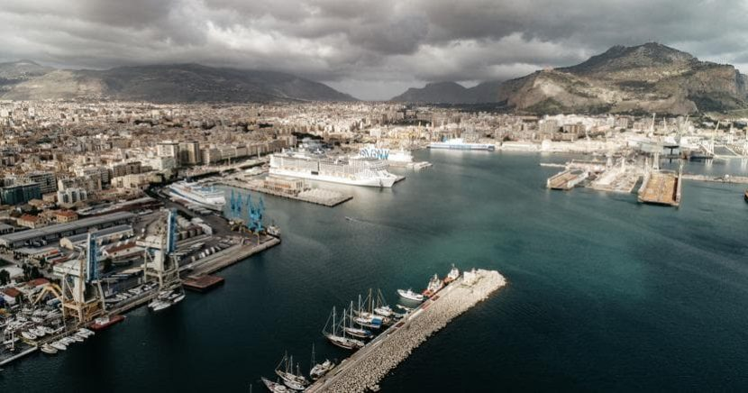 Parcheggio porto Palermo